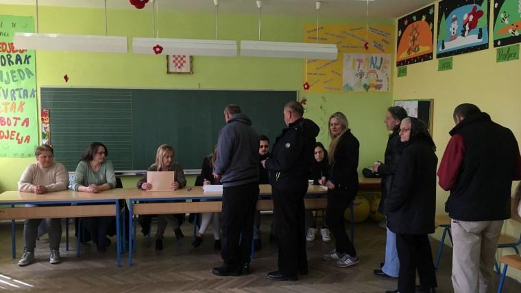 Elecciones en Lika (Foto: HRT)