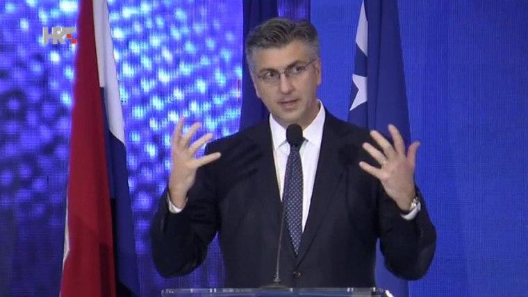 Prime Minister Andrej Plenković in Neum, Bosnia and Herzegovina (Screenshot: HRT)