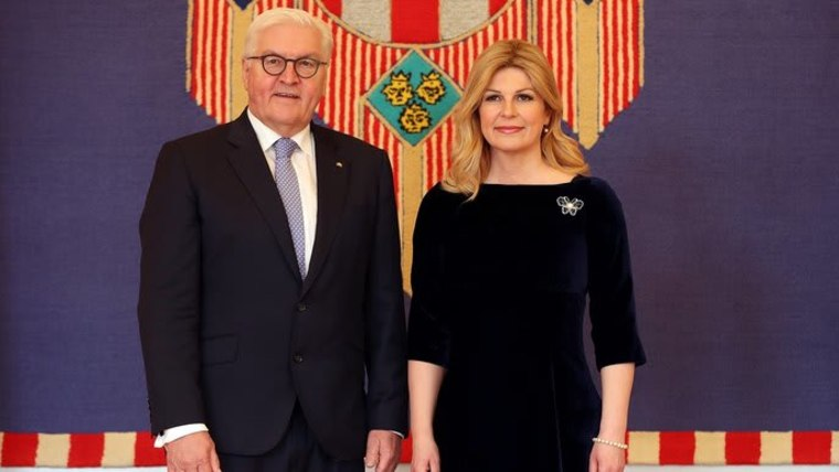 Der Bundespräsident Frank-Walter Steinmeier und die kroatische präsidentin Kolinda Grabar-Kitarović (Foto: Goran Stanzl/PIXSEL)