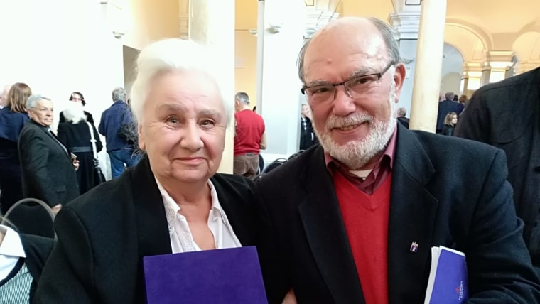 Miroslava Hadžihusejnović Valašek i Josip Bratulić (Foto: Mirjana Žugec Pavičić)