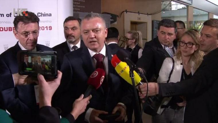 CCE President Luka Burilović (L) Croatian Economy Minister Darko Horvat (R) (Screenshot: HRT)