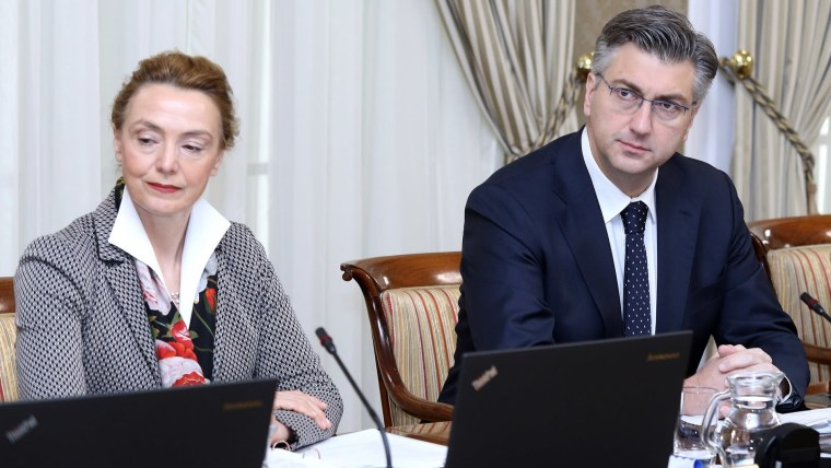 Deputy PM and Foreign and European Affairs Minister Marija Pejčinović Burić (L) Prime Minister Andrej Plenković (R) (Photo: Patrik Macek/PIXSELL)