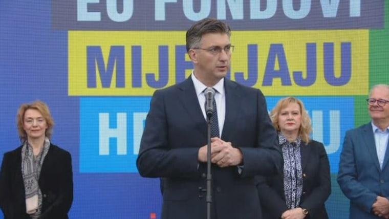 Premier Andrej Plenković auf dem Tag der offen Tür für EU-Fonds (Foto: HRT)