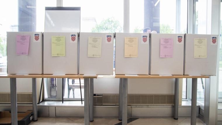 Voting boxes (Photo: Davor Puklavec/PIXSELL)