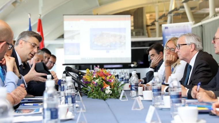 Prime Minister Andrej Plenković (L) European Commission President Jean-Claude Junker (R) (Photo: Grgo Jelavic/PIXSELL)