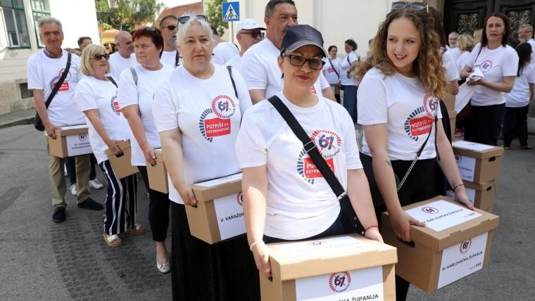 iniciativa 67 es Demasiado (Foto:  Patrik Macek / PIXSELL)