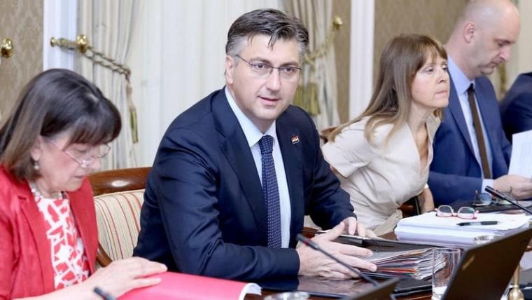 The Prime Minister speaks at Thursday's cabinet session  (Patrik Macek/PIXSELL)