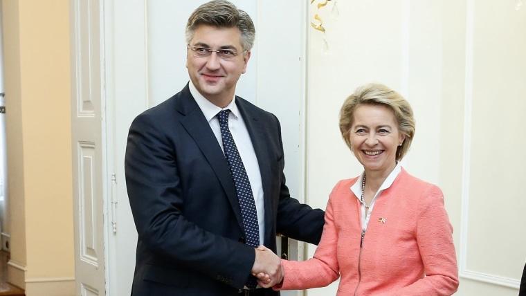 Premierminister Andrej Plenković und Ursula von der Leyen, während eines Treffens in Zagreb im Jahr 2017 (Foto: Petar Glebov / PIXSELL)