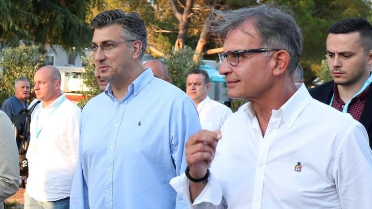 Prime Minister Andrej Plenković (L) Tourism Minister Gari Cappelli (R) (Photo: Goran Stanzl/PIXSELL)