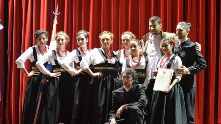 Distinción al grupo de danzas croatas Velebit (Foto: screenshot)