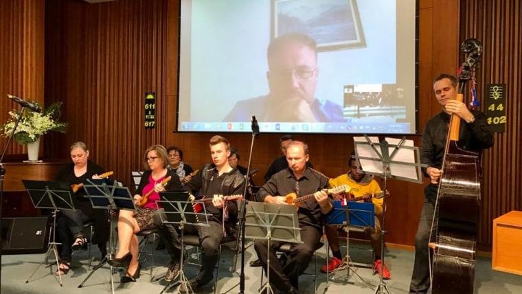 Igor Milić poučava orkestar u Melbourneu (Foto: Glas Hrvatske/Damir Posavac)