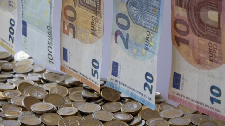 Euro (Robert Schmiegelt/DPA/PIXSELL)