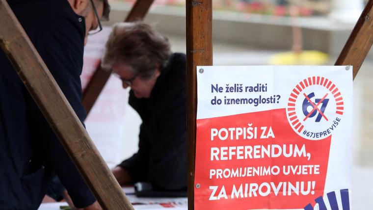 Firmas para el Referendum (Foto: Pixsell)