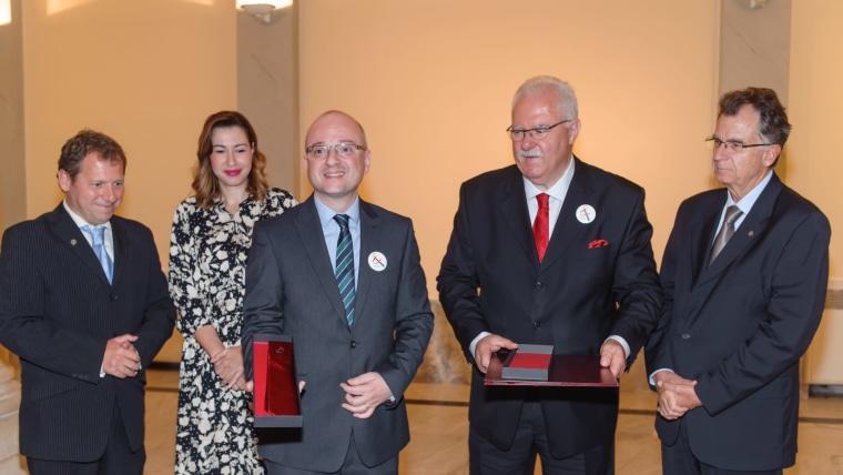 Académico Igor Rudan, embajador de la corbata (Foto: Livio Andrijić)