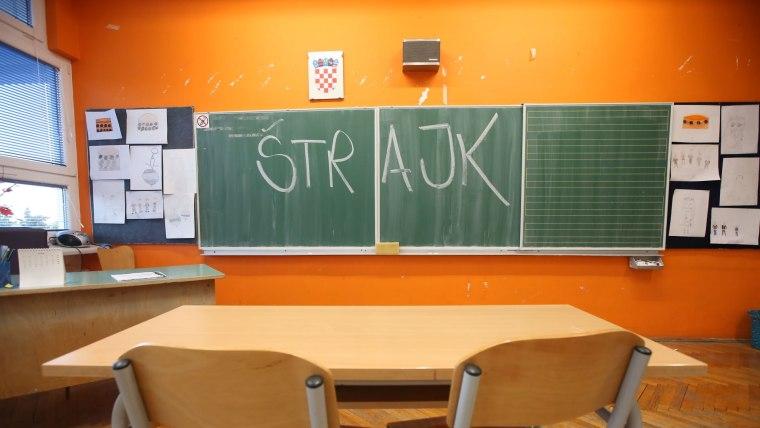 Huelga en las escuelas de Croacia (Foto: Dusko Jaramaz/PIXSELL)