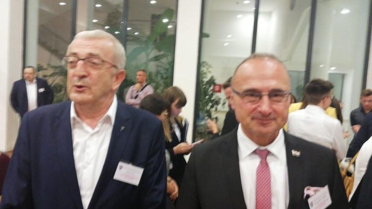 Franjo Topić i ministar Gordan Grlić Radman na Konferenciji Hrvatske paneuropske unije u Splitu (Foto: Miroslav Landeka/s dopuštenjem)