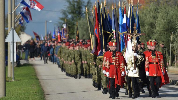 Procession in Škabrnja (Photo: Dino Stanin/PIXSELL)