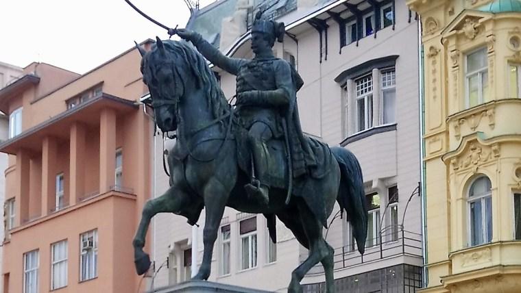Illustration (Foto: Ban Jelačić - Denkmal auf dem Hauptplatz von Dana Jungbluth)