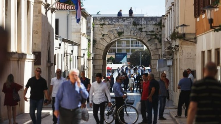 Life is returning to normal in Zadar (Marko Dimic/PIXSELL)