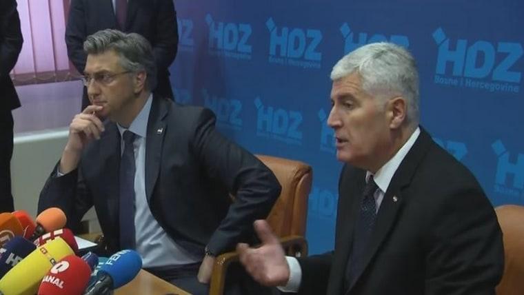Andrej Plenković and Dragan Čović speak at a news conference in Mostar (Photo: HRT)