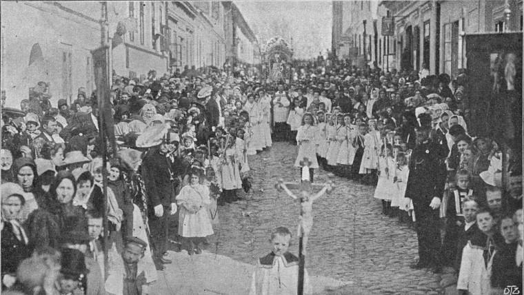 Procesija u Petrovaradinu 1881. godine (Foto: wikimedia.com)