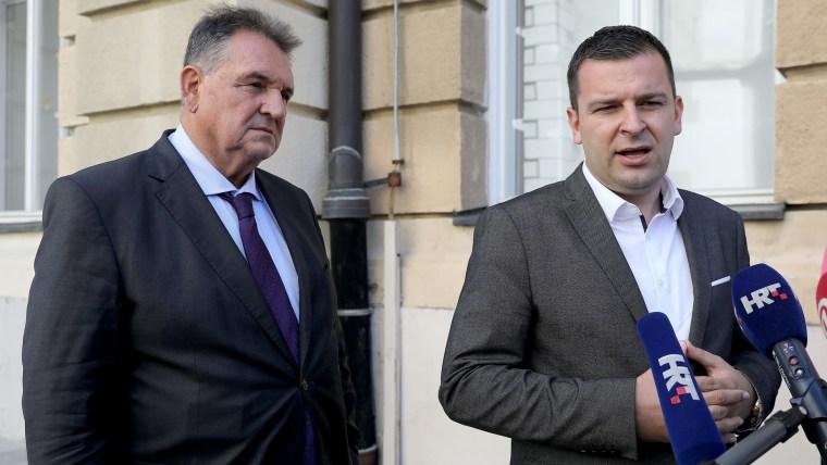 Reformists leader Radimir Čačić (L) HSLS leader Dario Hrebak (R) (Photo: Patrik Macek/PIXSELL)