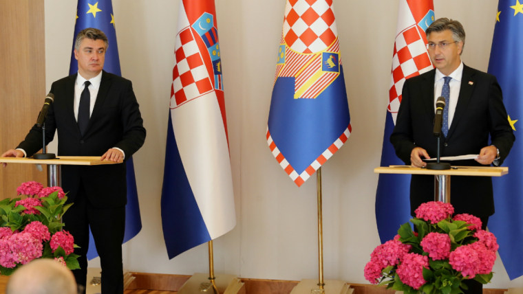 Präsident Zoran Milanović und Premier Andrej Plenković bei der Pressekonferenz (Foto: Dalibor Urukalovic/PIXSELL)