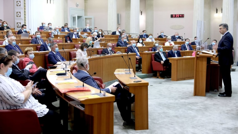 Prime Minister Andrej Plenković in parliament (Photo: Patrik Macek/PIXSELL)