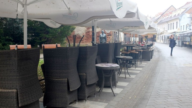 Empty cafes in downtown Zagreb (Photo: Patrik Macek/PIXSELL)