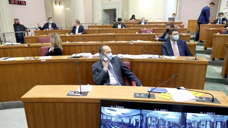 Parlamento votacion (Foto:  Patrik Macek / PIXSELL)