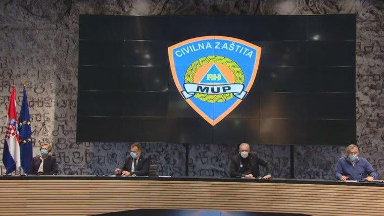 Coordinación de Defensa Civil (Foto: HRT)