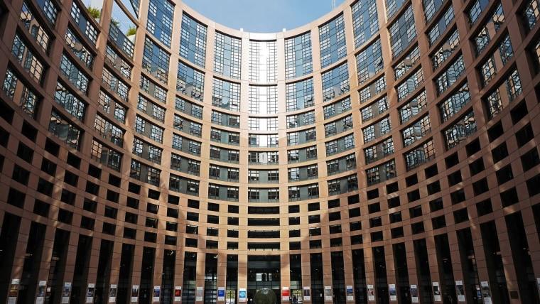 European Parliament (Photo: Erich Westendarp /Pixabay)