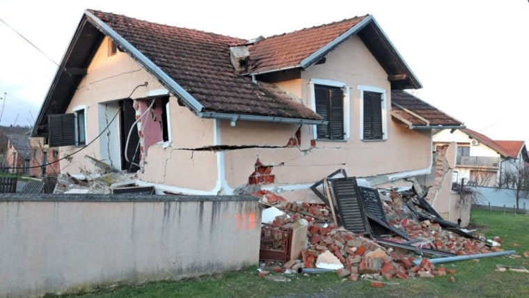 A house destroyed in the December 29th earthquake (Photo: Sanjin Strukic/PIXSELL)
