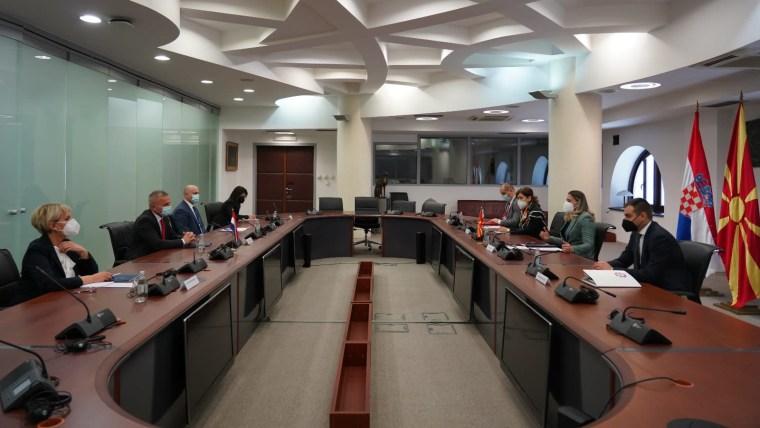 Sastanak u Ministarstvu vanjsko poslova RS Makedonije (Foto: Ministarstvo vanjskih poslova RS Makedonije/ustupljena fotografija)