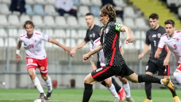 Luka Modrić gegen Malta (Foto: Goran Kovacic / PIXSELL)