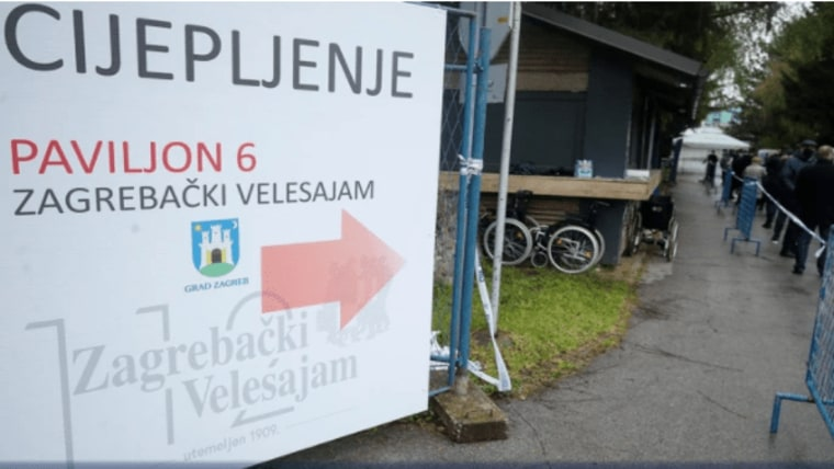 The vaccination station at the Zagreb Fairground (Photo: Goran Stanzl / PIXSELL)