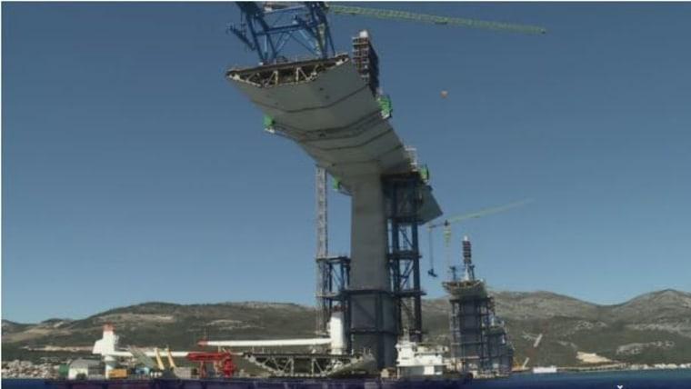 Bau der Pelješac-Brücke schreitet zügig voran (Foto: Pero Štrbe / HRT)