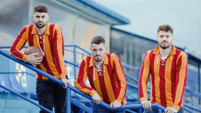 Camisetas retro (Foto: GNK Dinamo Zagreb/Facebook)