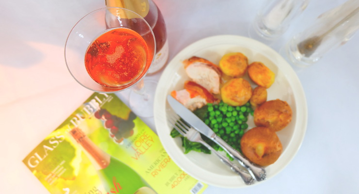 British_Roast_Dinner_with_English_Sparkling_Wine_Mayfield