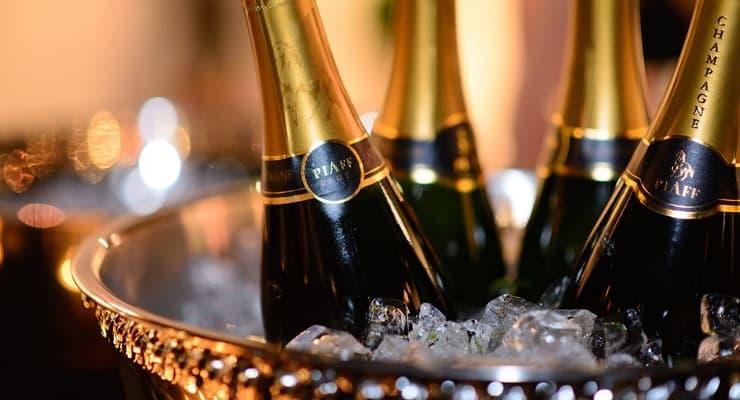 Champagne_Piaff_bottles