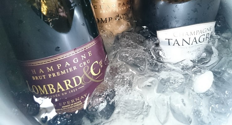 Champagne_bottles_featured