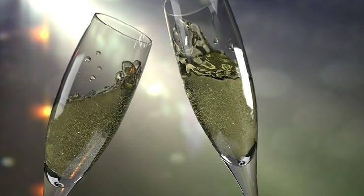 bubbles_in_glasses