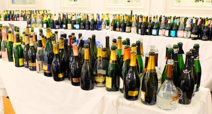 empty_Champagne_bottles