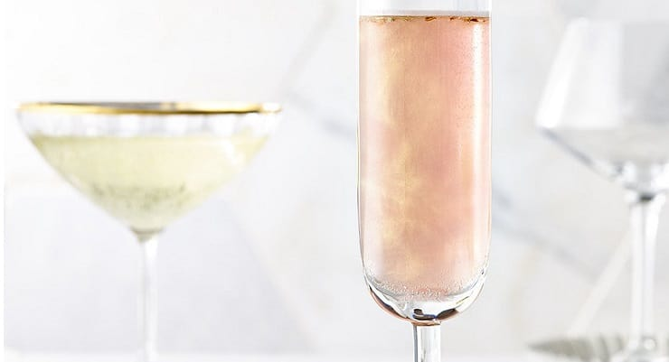 f299e82c6a16 Add Edible Rose Gold Glitter to your Prosecco - Glass Of Bubbly