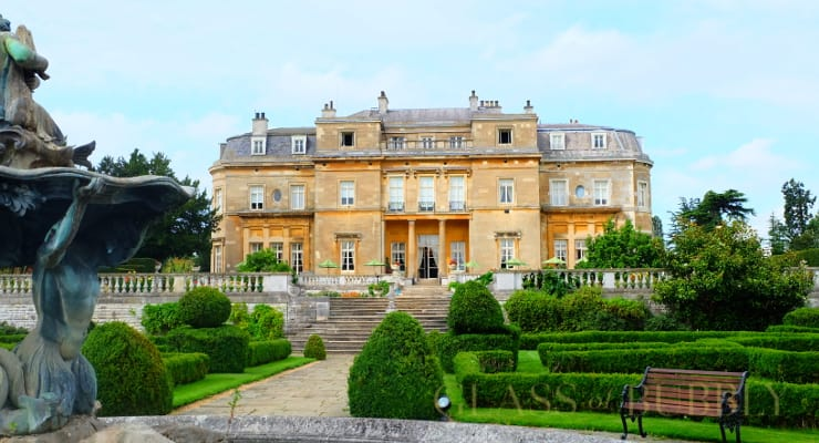 A visit to luton hoo hotel golf and spa glass of bubbly for Hotels in luton with swimming pool