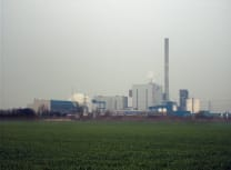 The small Borssele nuclear power station (Taco Witte/CC BY-SA 3.0)