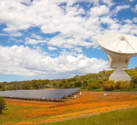 "European Space Agency to build Australian antenna ""able to detect mobile phone on Mars"""