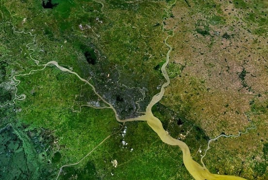 Yangon is concentrated in the fork of the rivers Yangon and Bago (Nasa/Public Domain)