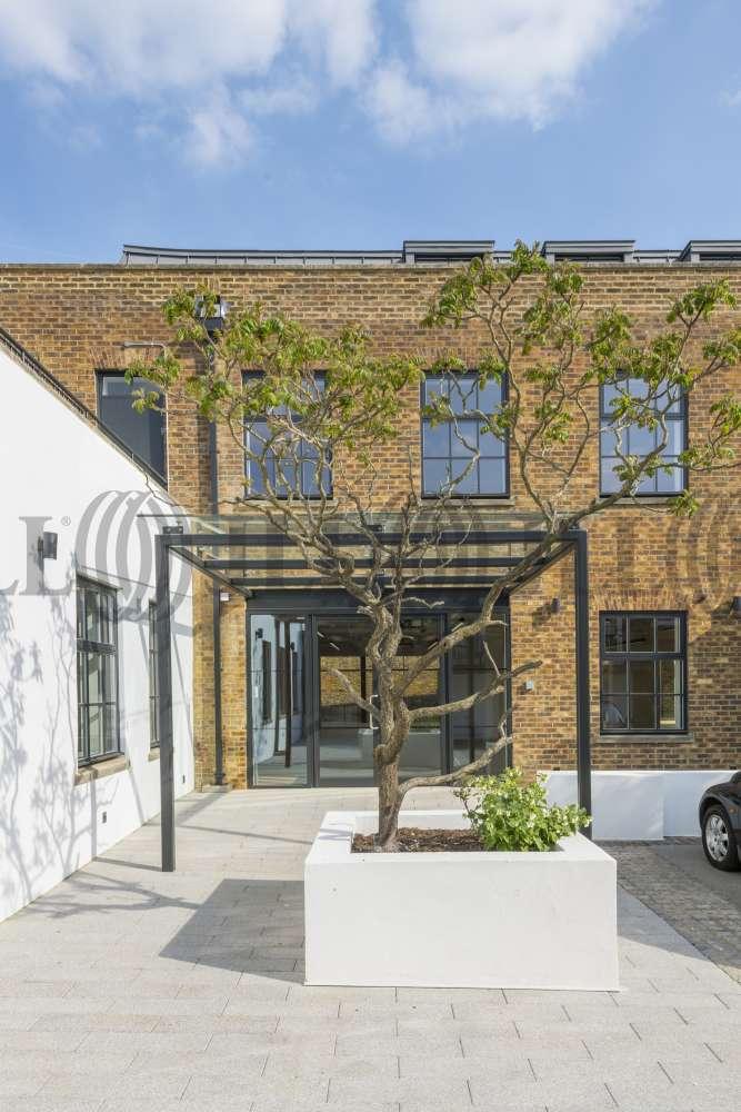 Office Richmond, TW10 6UD - Holbrooke Studio