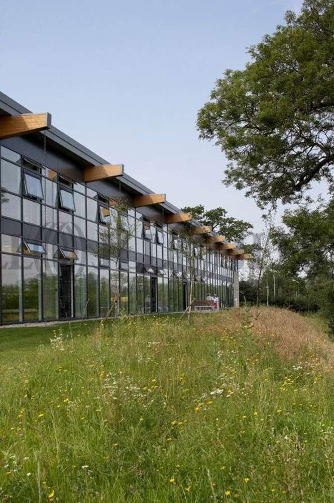 Office Chippenham, SN14 0GF - Village Green